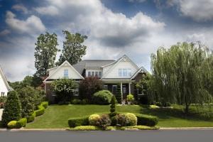 House - Lawn